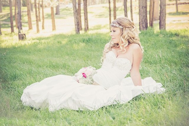 Blonde bridal hair